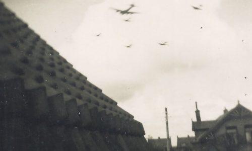 Overvliegende vliegtuigen Obdam